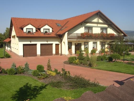 Dvougenerační rodinný dům